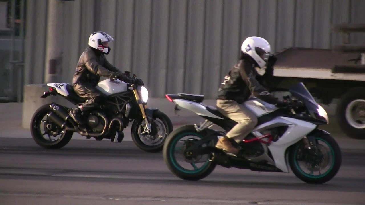 Ducati Monster Vs Suzuki Street Bike Racing Acceleration Top Speed