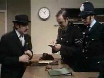 Monty Python – Silly Voices at the Police station