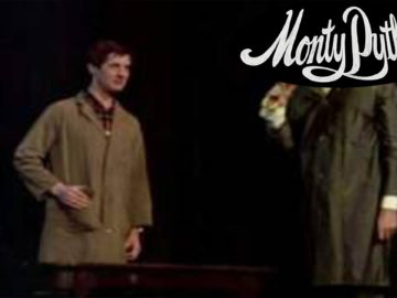 Parrot Sketch – Monty Python – The Secret Policeman's Balls