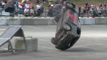 The world's most stupid sport-rollover my car